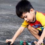 Comment nettoyer astucieusement les jouets de vos enfants?